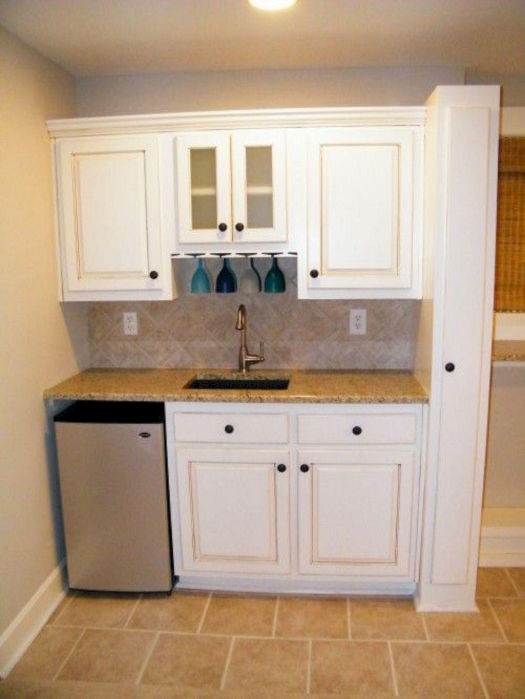 Breathtaking 45 Best Charming Mini Kitchen Design Ideas For Inspiration Https Usdecorating Com 2 Small Basement Kitchen Basement Kitchen Basement Kitchenette