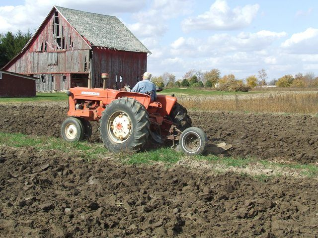 Plow day.Allis Chalmers D10,D12,D14,D15,D17 or D19 tractor ...