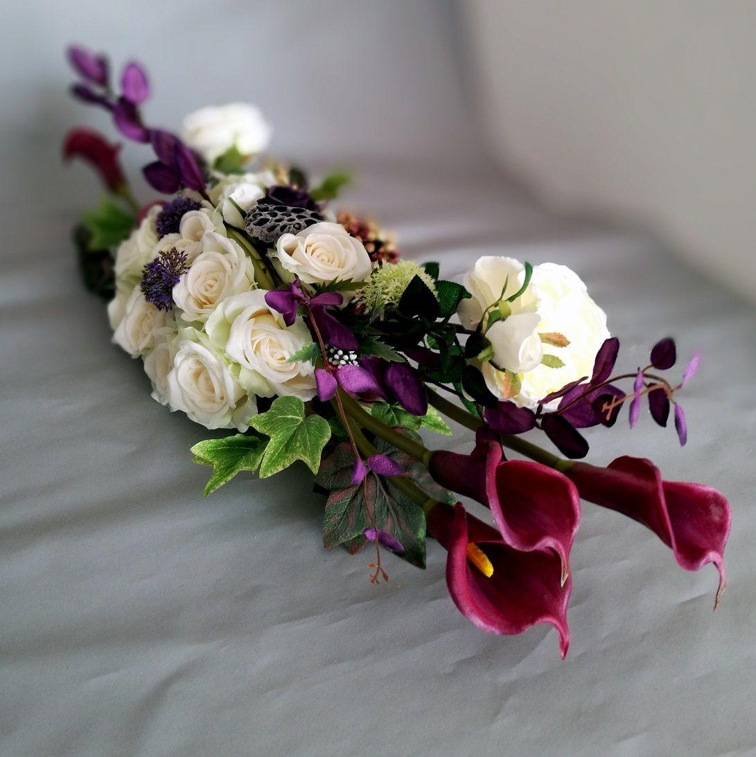 Stroik Na Cmentarz Fioletowe Kalie I Biale Roze Swiateczne Atelier Flower Arrangements Creative Flower Arrangements Flower Arrangements Simple