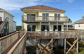 Flip Flops Oceanfront With Adorable Decor And Direct Beach Access North Topsail Beach Topsail Beach North Topsail Beach Oceanfront