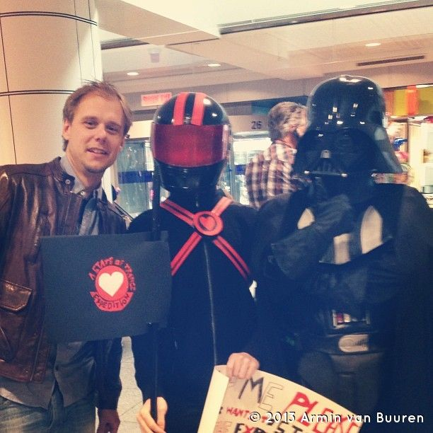 From @Armin van Buuren Look who was waiting at Montréal airport!