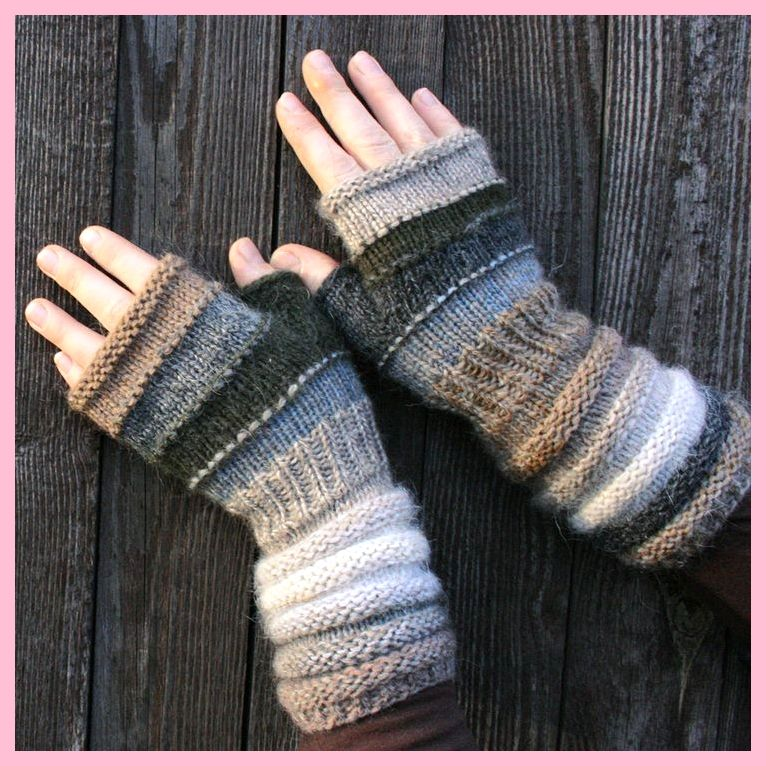 Fingerlose Handschuhe in Naturfarben stricken. ,  #fingerlose #handschuhe #naturfarben #stric... #glovesmadefromsocks
