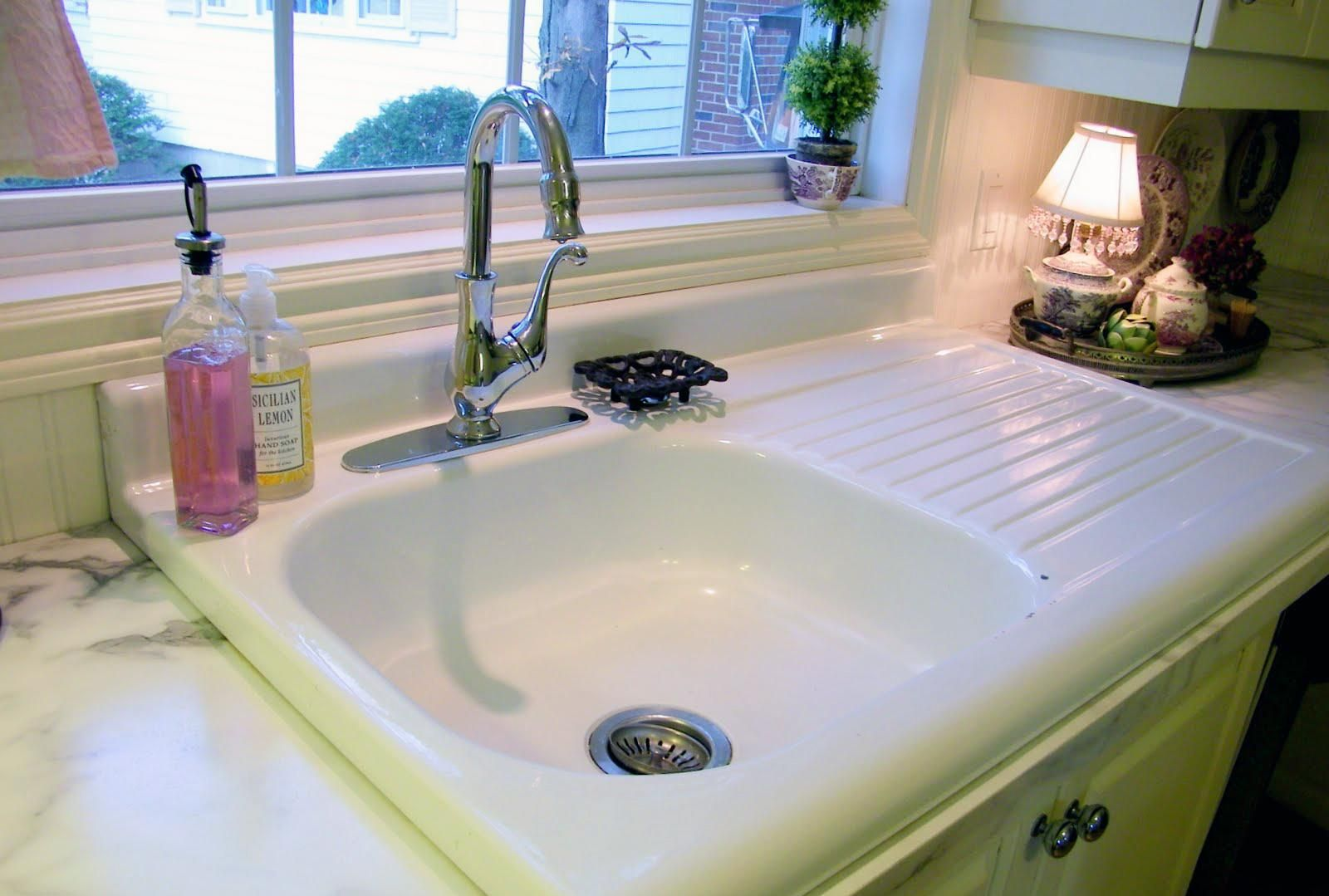11 clever ways to use salvaged building materials in your home the rh pinterest com salvaged farmhouse kitchen sinks southeastern salvage kitchen sinks