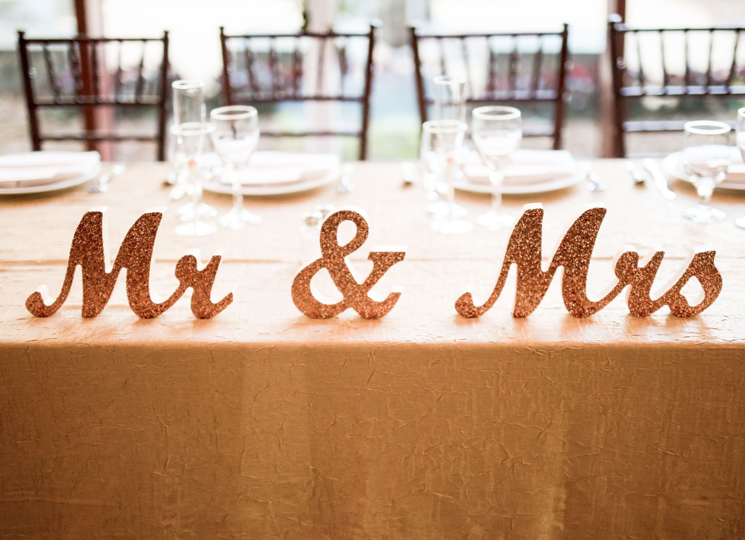 Mr And Mrs Wedding Sign For Wedding Sweetheart Table Mr And Etsy Sweetheart Table Wedding Mr And Mrs Wedding Wedding Signs
