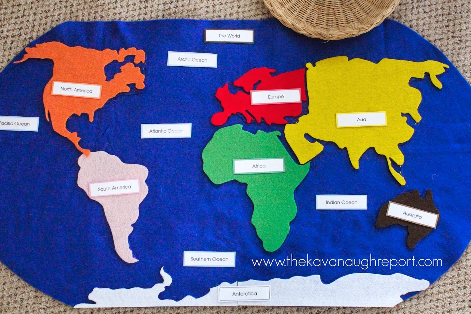 Montessori Geography Trays #spanishthings
