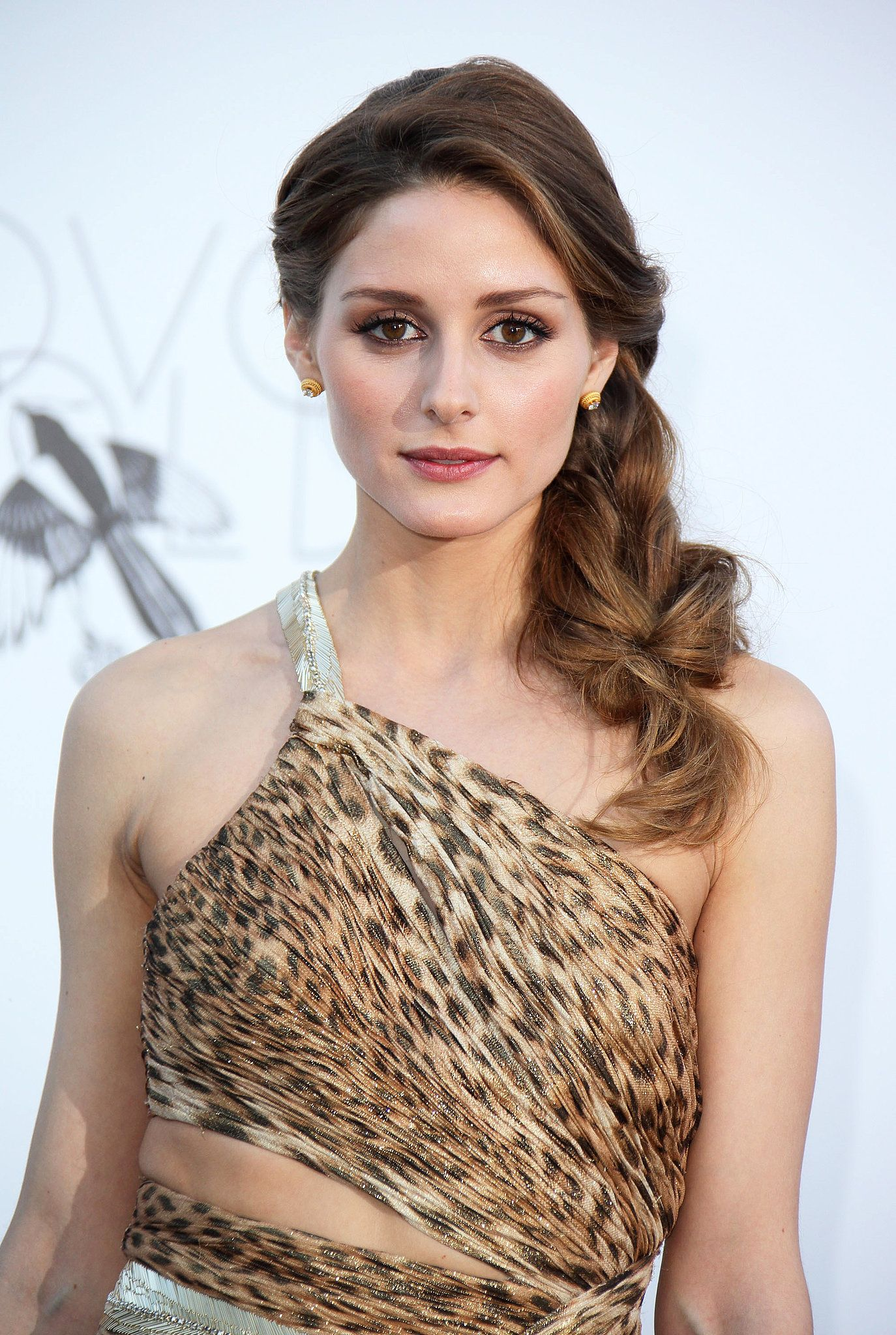 Olivia palermo jessica chastain and more party with amfar at