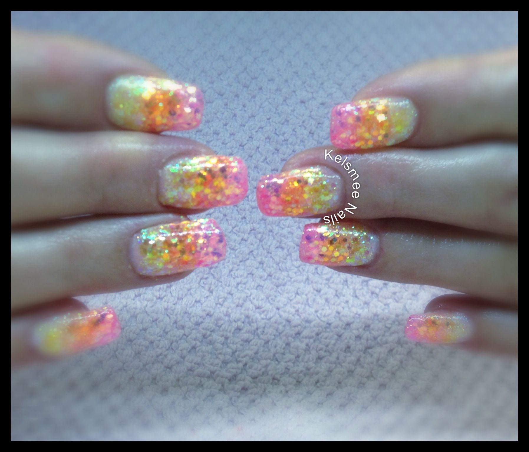 Young Nails Gel Ombre Glitters Yellow Orange And Pink