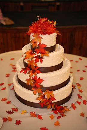 How to Submit Weddings to The Knot Fall wedding cakes