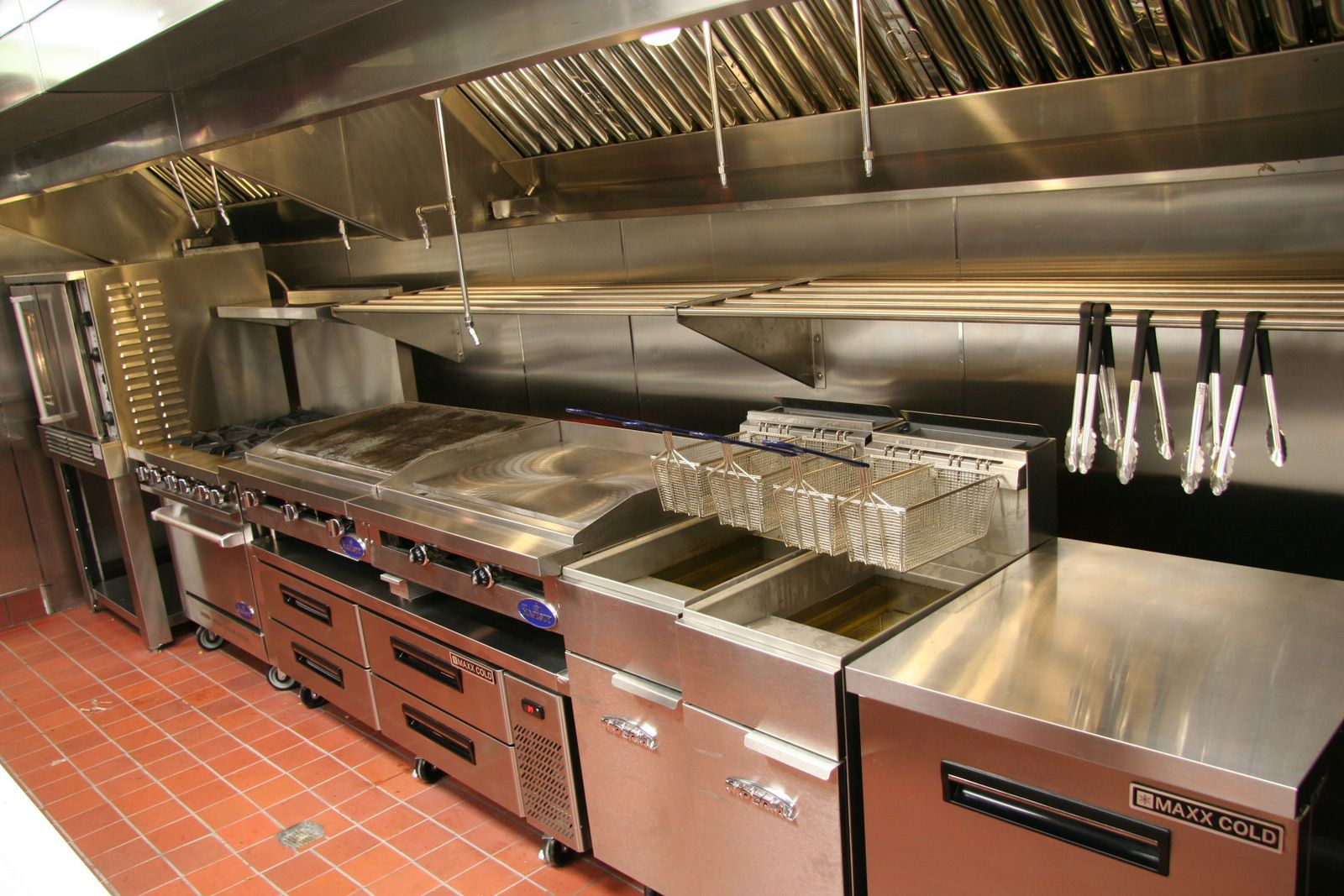Commercial Kitchen Hood Exhaust System By Atlantic Coast Restaurant Mechanical Ser Commercial Kitchen Design Restaurant Kitchen Design Kitchen Layout Plans