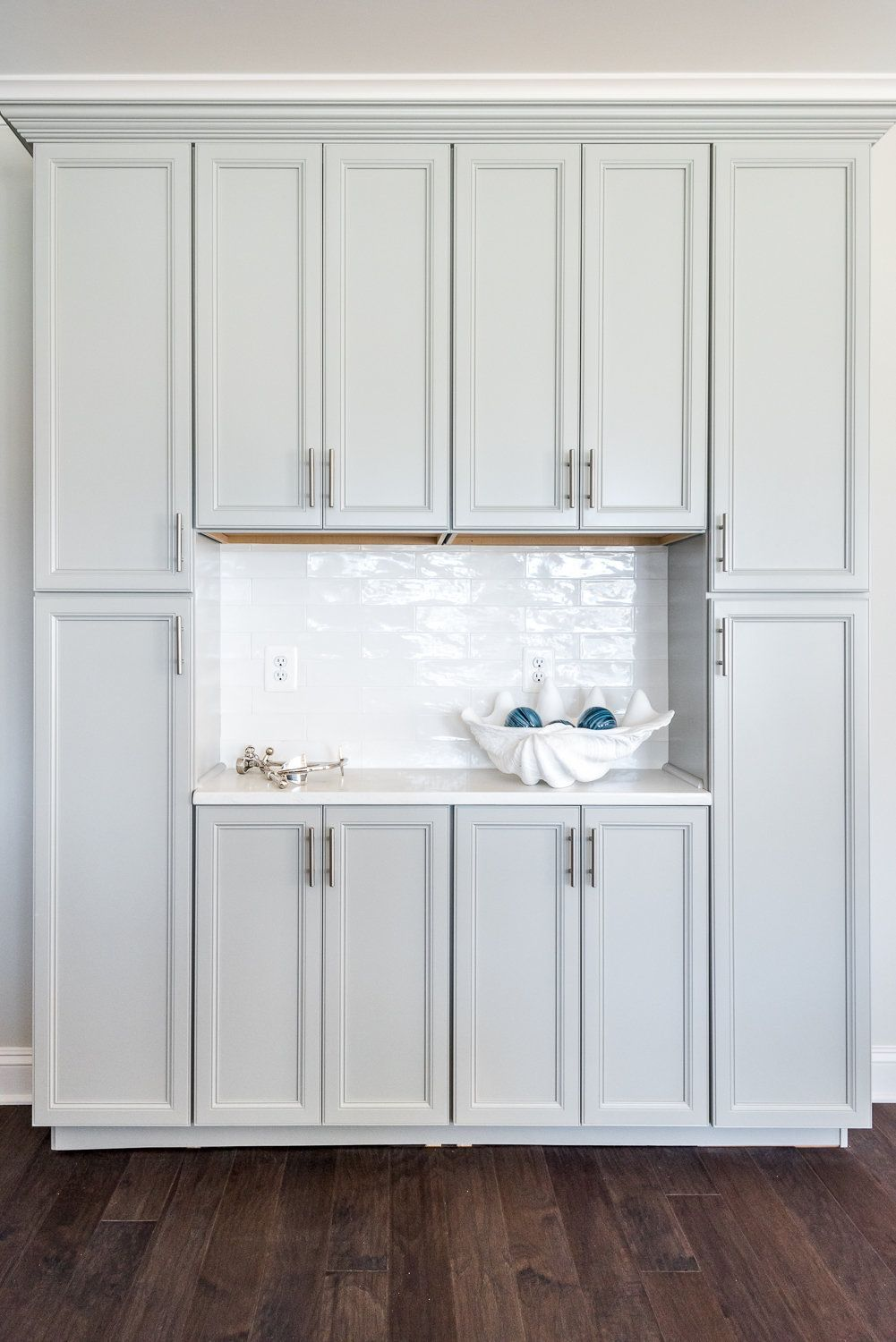 Floor To Ceiling Cabinets In 2020 Kitchen Cabinets To Ceiling Cabinets To Ceiling Floor To Ceiling Cabinets