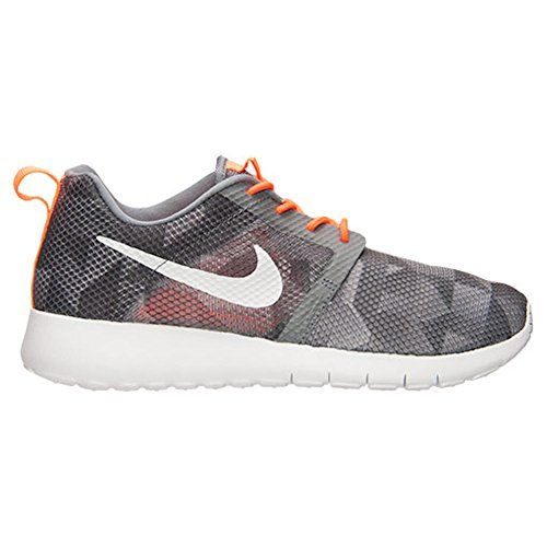 Nike Roshe One Flight Weight GS 705485 003 Size 7Y ** To view further for this item, visit the image link.