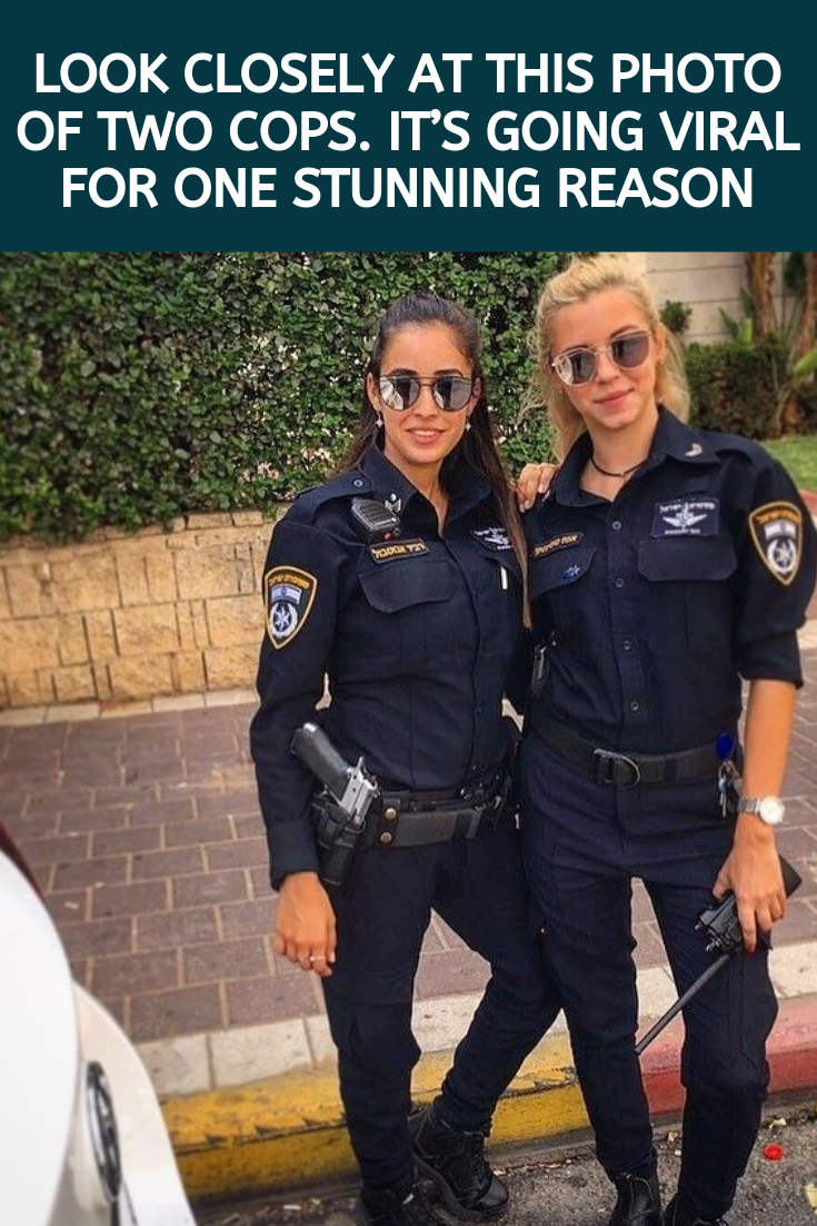 Look Closely At This Photo Of Two Cops It S Going Viral For One Stunning Reason Funny Films Wtf Funny Awkward Funny