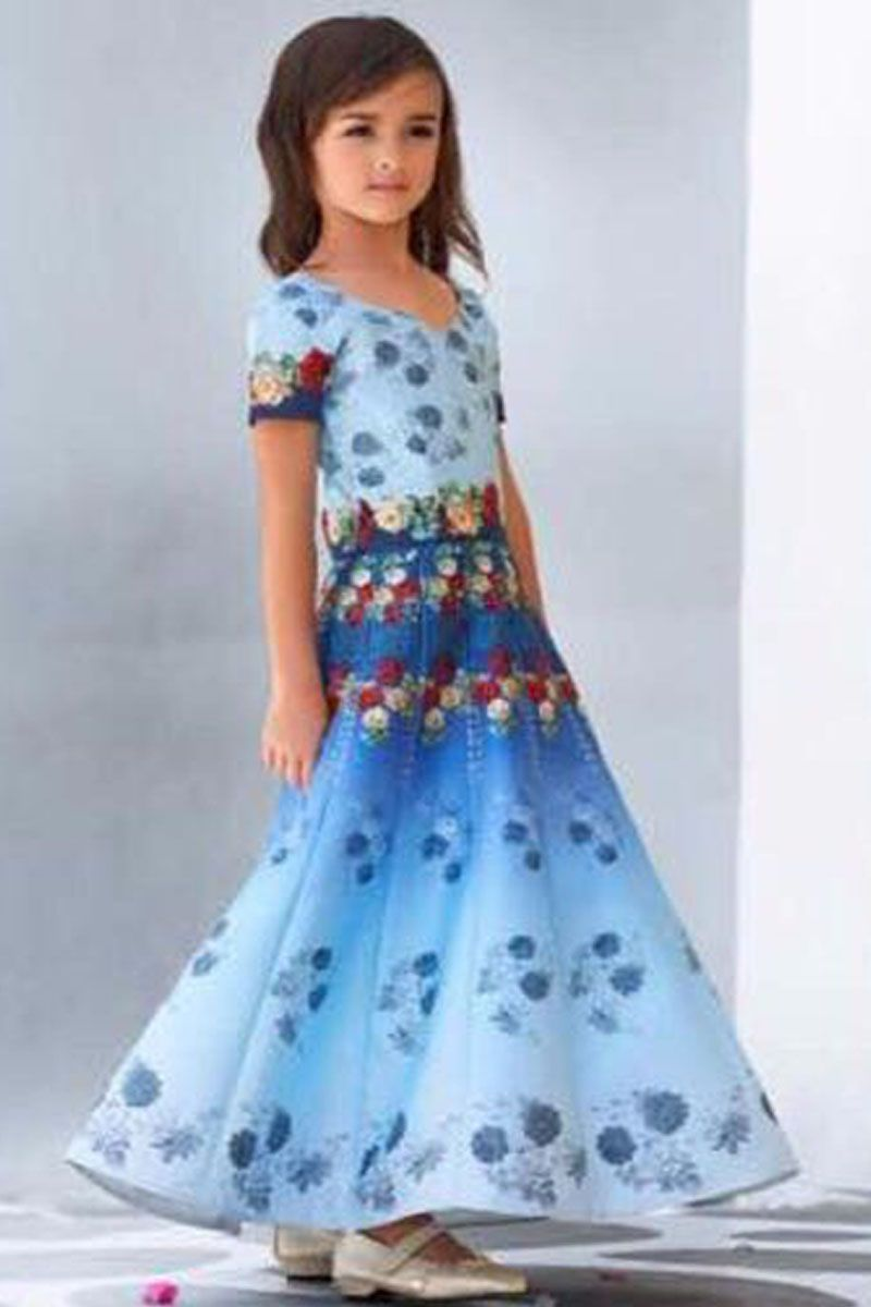 Blue & White Beautiful Floral Design Printed Traditional Party Wear ...