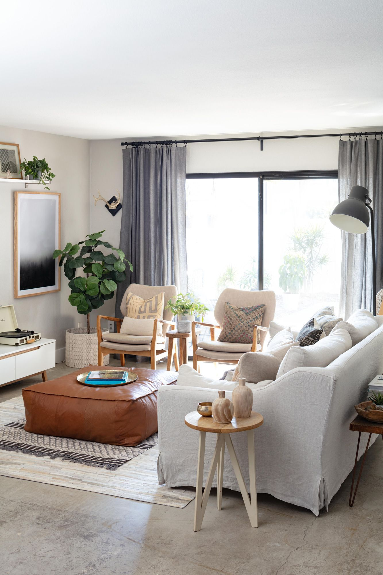 21 Gorgeous Gray Living Room Ideas For A Stylish Neutral Space Living Room Furniture Arrangement Small Living Room Furniture Living Room Grey