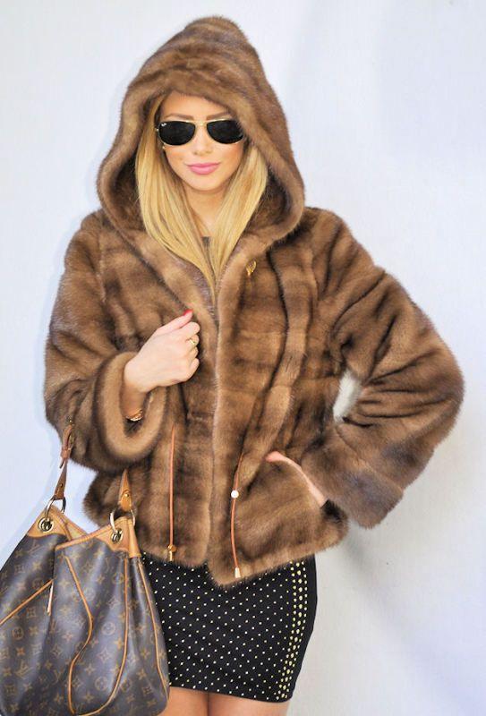 check out 3675f af667 Outlet saga mink jacket with hood nerz jacke pelz pelzjacke ...