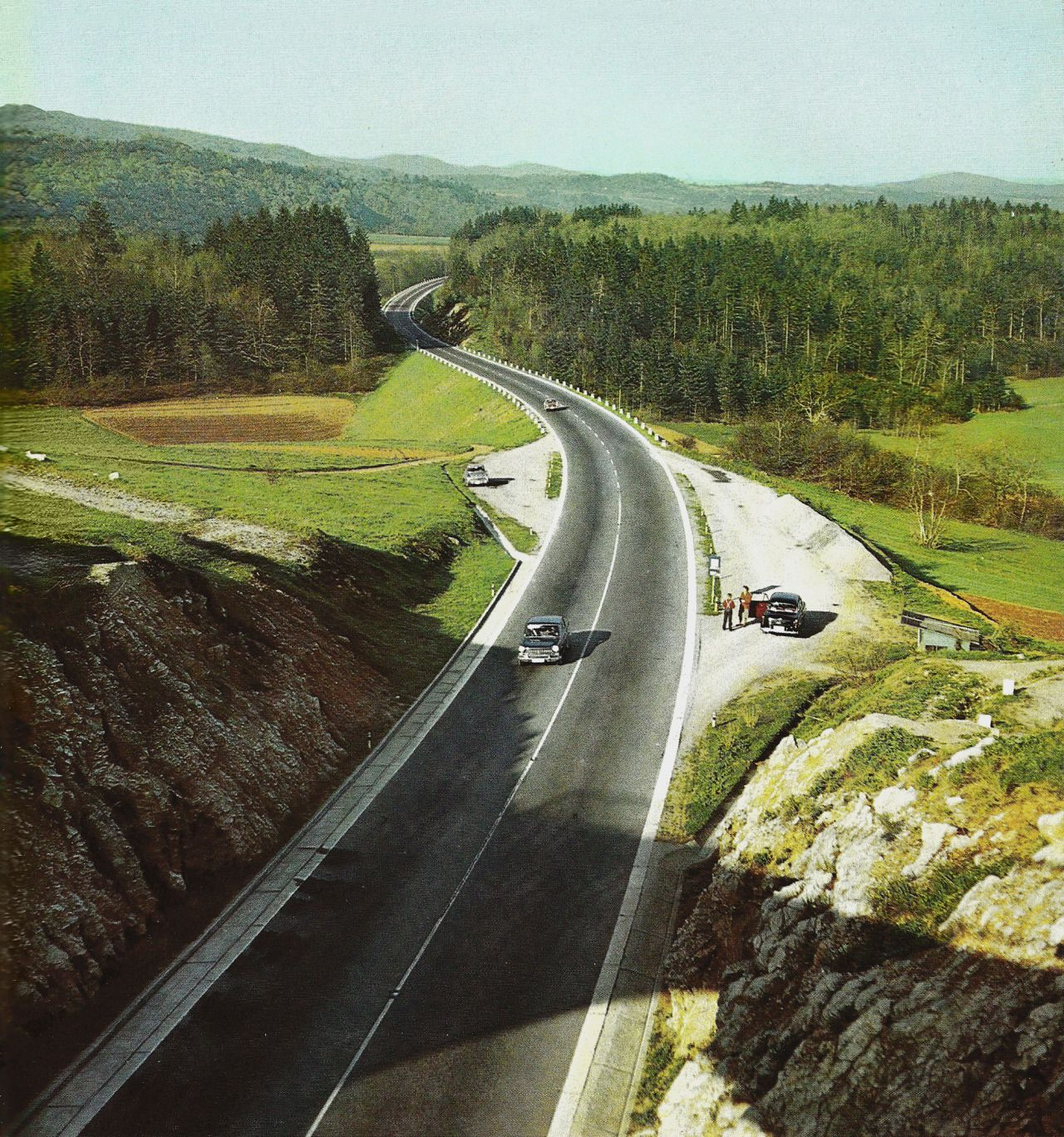 Igoyugo Ljubljana Zagreb Country Roads
