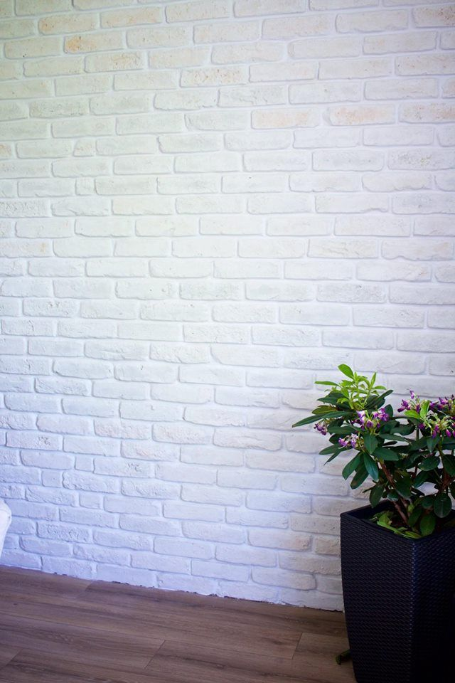 Urban Feature Wall Using Rustic White Brick Slips And Bright White Mortar Painted Brick Walls Brick Interior Wall White Brick