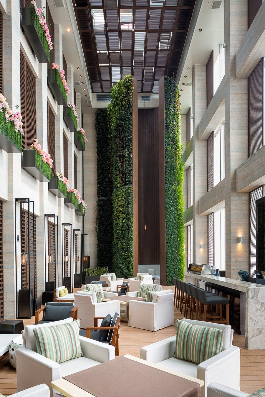 Modern Hotel Lobby Design: W Guangzhou Hotel & Residences, China Designed By Rocco