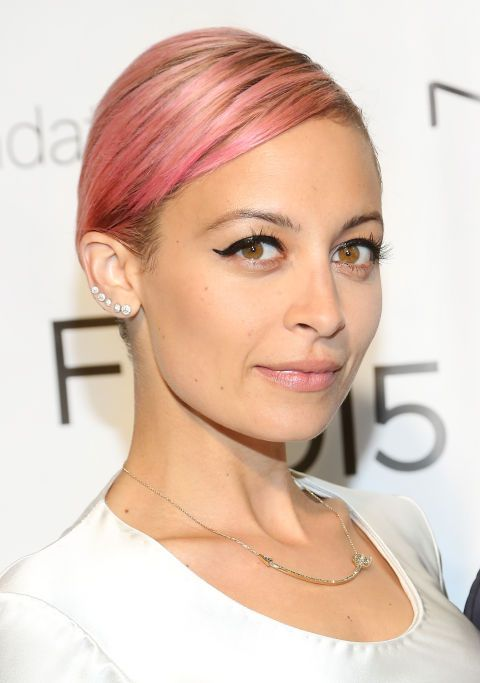 Sleek, chic and red carpet ready, Nicole Richie's blush coloured hair is firmly on our beauty to-do list.