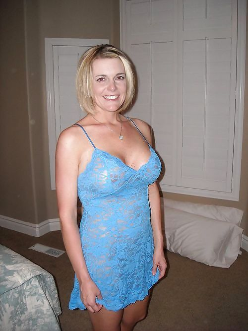 Hot wife blowjob stranger