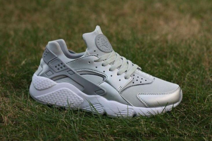 Zapatos plateado Huarache Nike Huarache plateado para hombre AOBAuVryB 15af2b