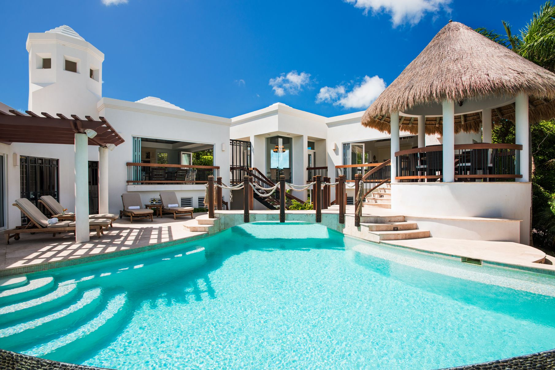 Turtle Breeze   Luxury Beachfront Villa With A Resort Style Pool That  Cascades Along Side All The Guest Bedrooms.