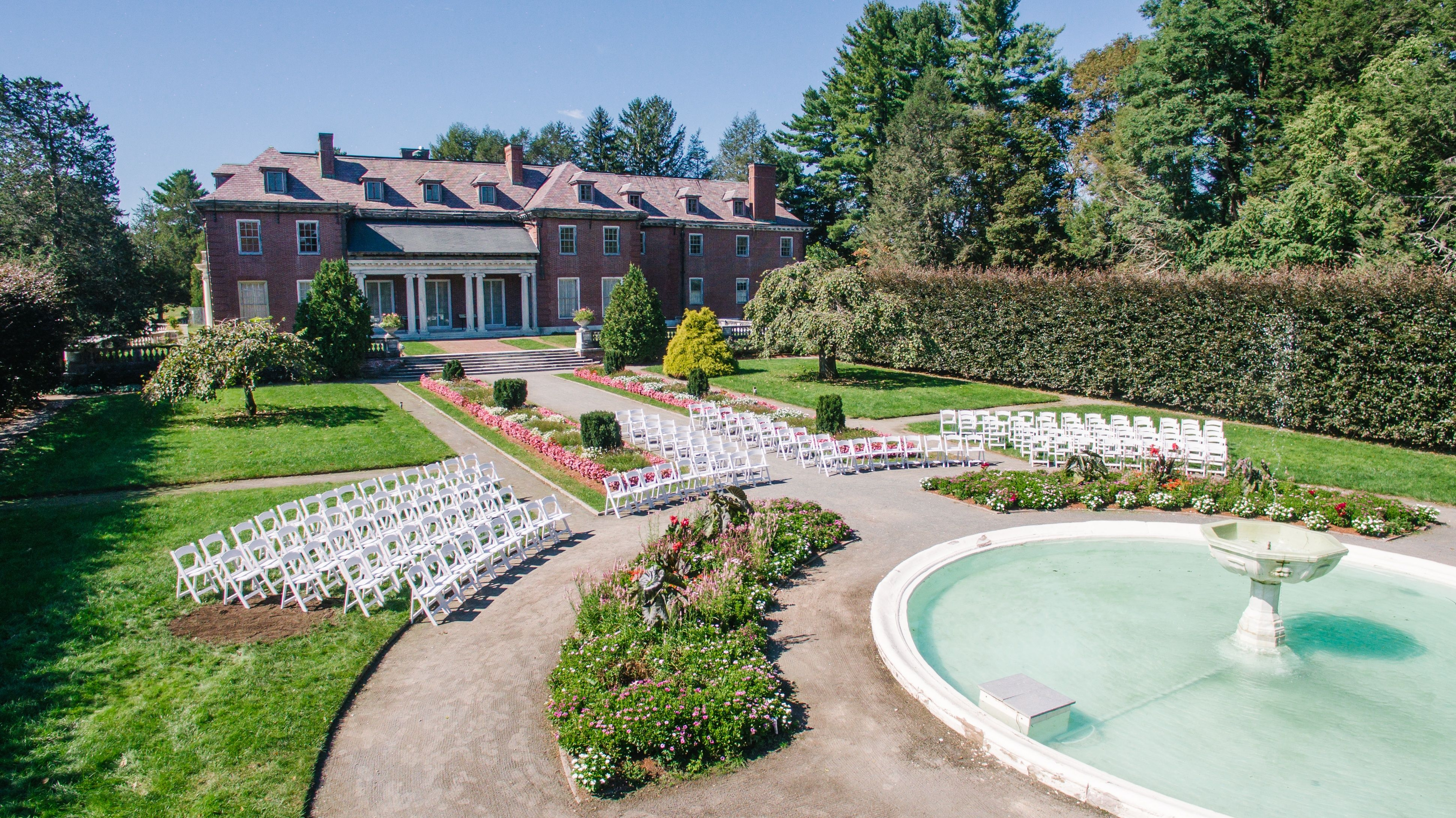 The Gardens At Elm Bank Wedding Provide A Stunning Backdrop For Your Or Special Occasion