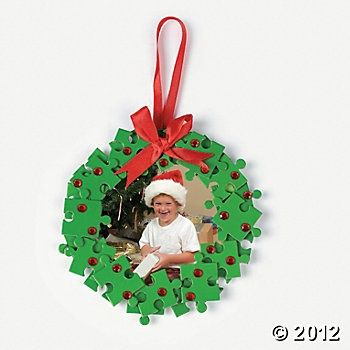 pinterest puzzle pieces christmas wreath | Puzzle Piece Wreath Photo ...