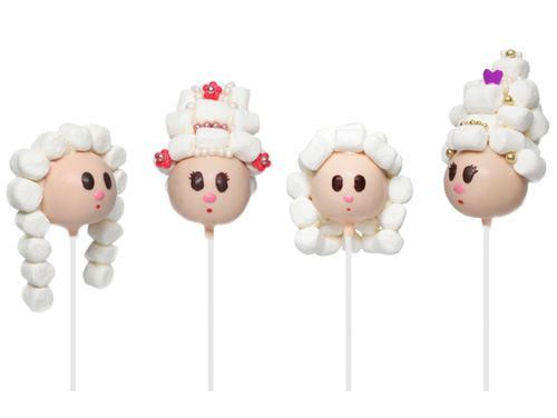 cake pops with marshmallow hair