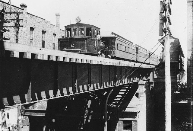 "Things You Didn't Know About the ""L"" - Chicago Train Facts and Trivia"