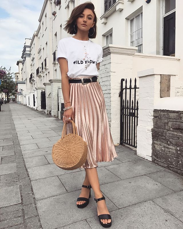 "Chloe Hayward en Instagram: ""Sonríe muy en serio.  .  .  .  .  .  .  .  .  .  .  .  http://liketk.it/2wI7R @ liketoknow.it @ liketoknow.it.europe @ liketoknow.it.brasil # liketkit… ""  – Moda"
