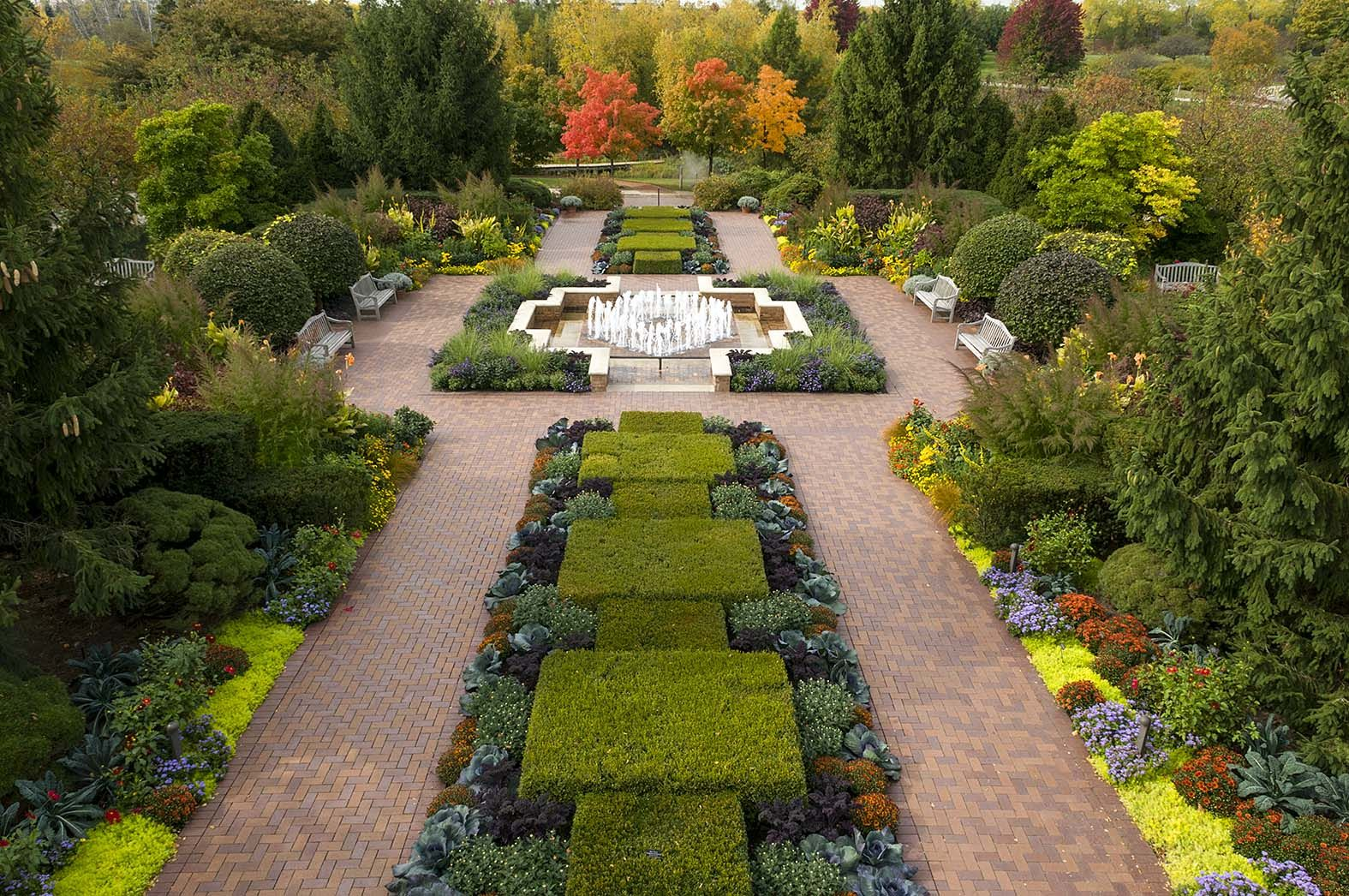 The Circle Garden at Chicago Botanic Garden Garden in
