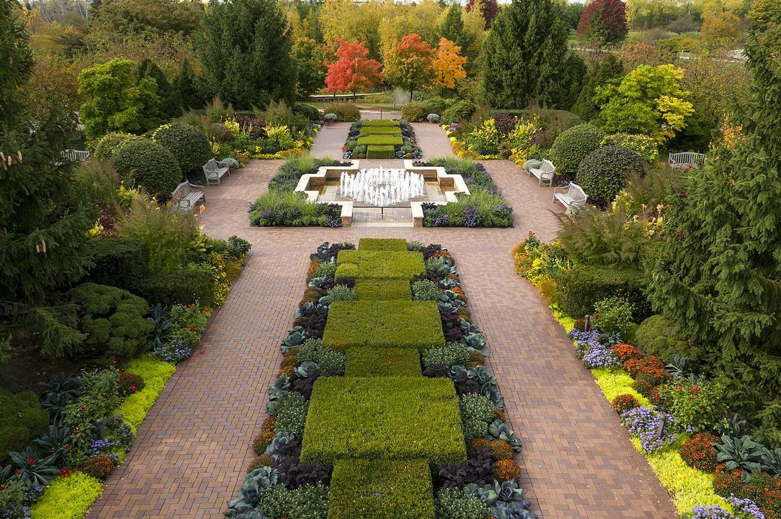 The Circle Garden at Chicago Botanic Garden | Garden in the ...