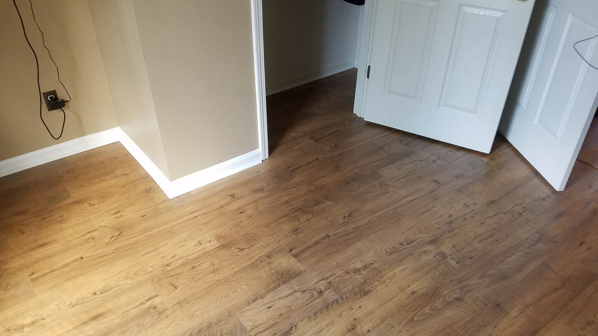 Spike Huber Flooring And Construction Hardwood Laminate Tile Stone Memphis Tennessee Install Living Room Flooring Floor Installation Flooring Contractor
