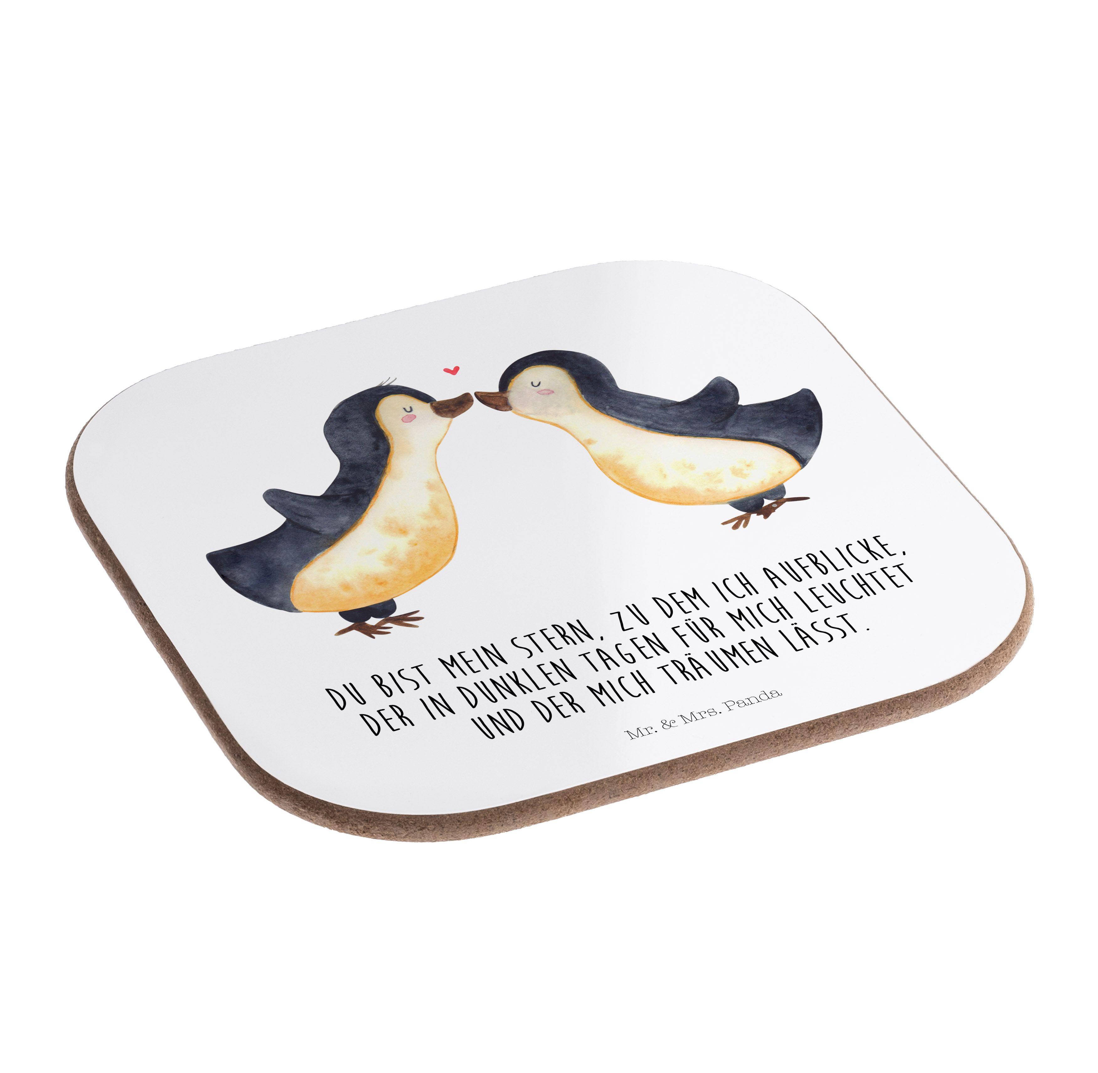 Quadratische Untersetzer Pinguin Liebe aus Hartfaser  natur - Das Original von Mr. & Mrs. Panda.  Dieser wunderschönen Untersetzer von Mr. & Mrs. Panda wird in unserer Manufaktur liebevoll bedruckt und verpackt. Er bestitz eine Größe von 100x100 mm und glänzt sehr hochwertig. Hier wird ein Untersetzer verkauft, sie können die Untersetzer natürlich auch im Set kaufen.    Über unser Motiv Pinguin Liebe  Das Gefühl verliebt zu sein und seinen Verbündeten gefunden zu haben ist unbezahlbar. Die…