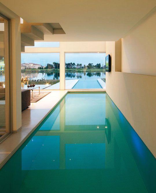 Casa con piscina climatizada buscar con google casas - Piscinas interiores climatizadas ...