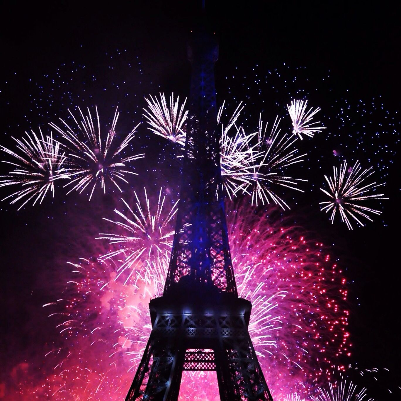 The Eiffel Tower is decorated with beautiful fireworks on the French national day...the most beautiful lights I've ever seen...