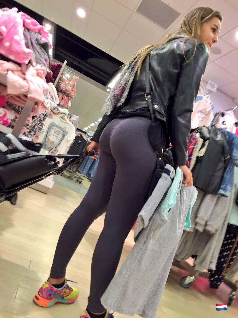 Mms-Creepshots  Candid Out There In 2019  Pants -9324