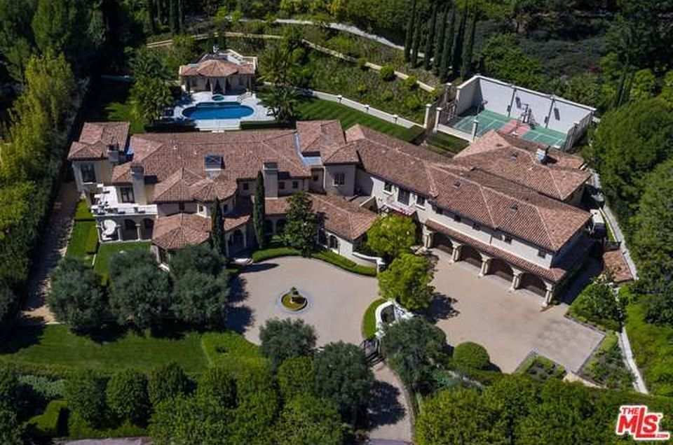 Beverly Glen Home For Sale Beverly Park Beverly Hills Mansion Luxury Homes Dream Houses