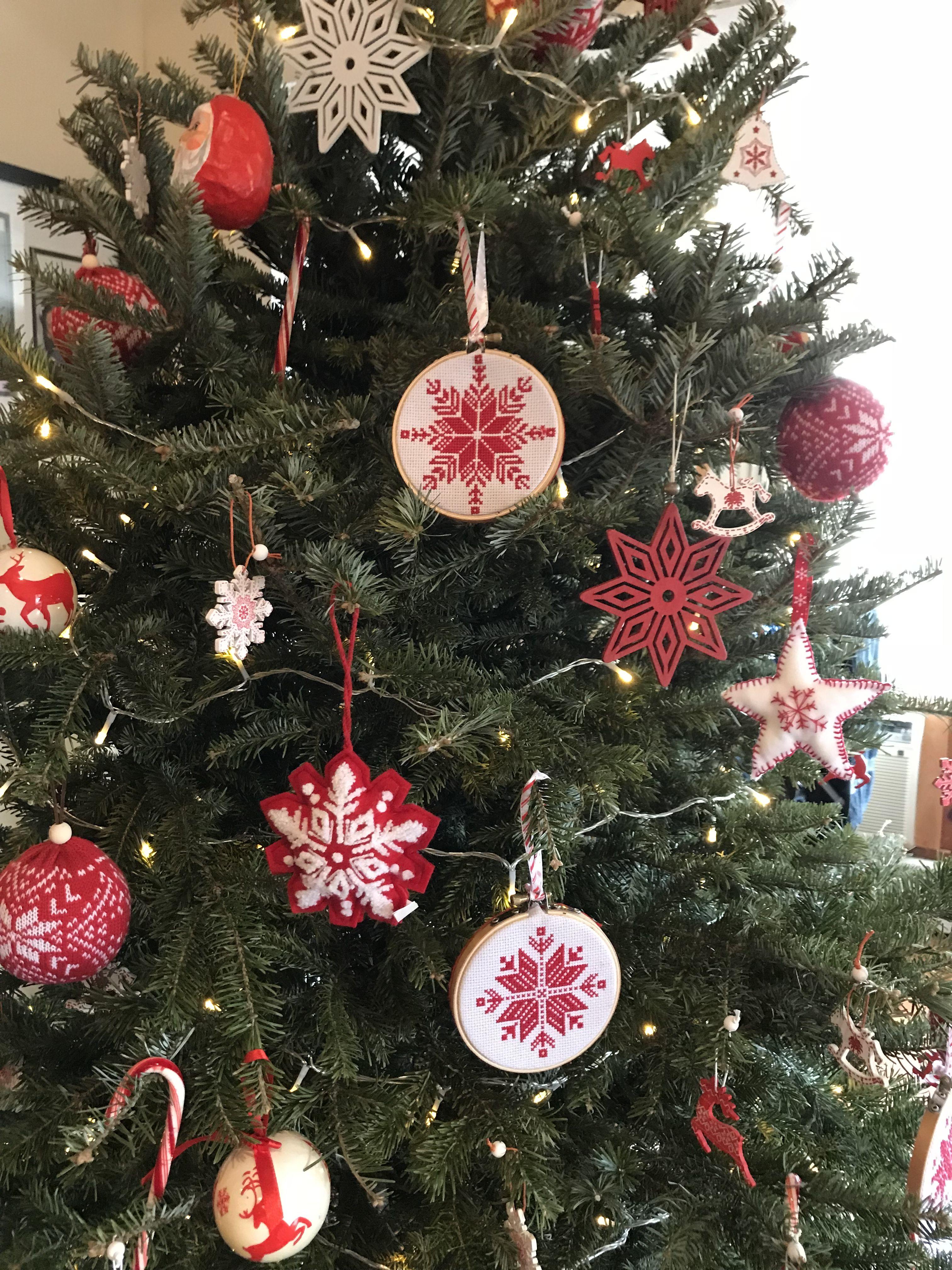 2018 Christmas tree - Nordic theme | Christmas tree themes, Red white christmas, Christmas bulbs