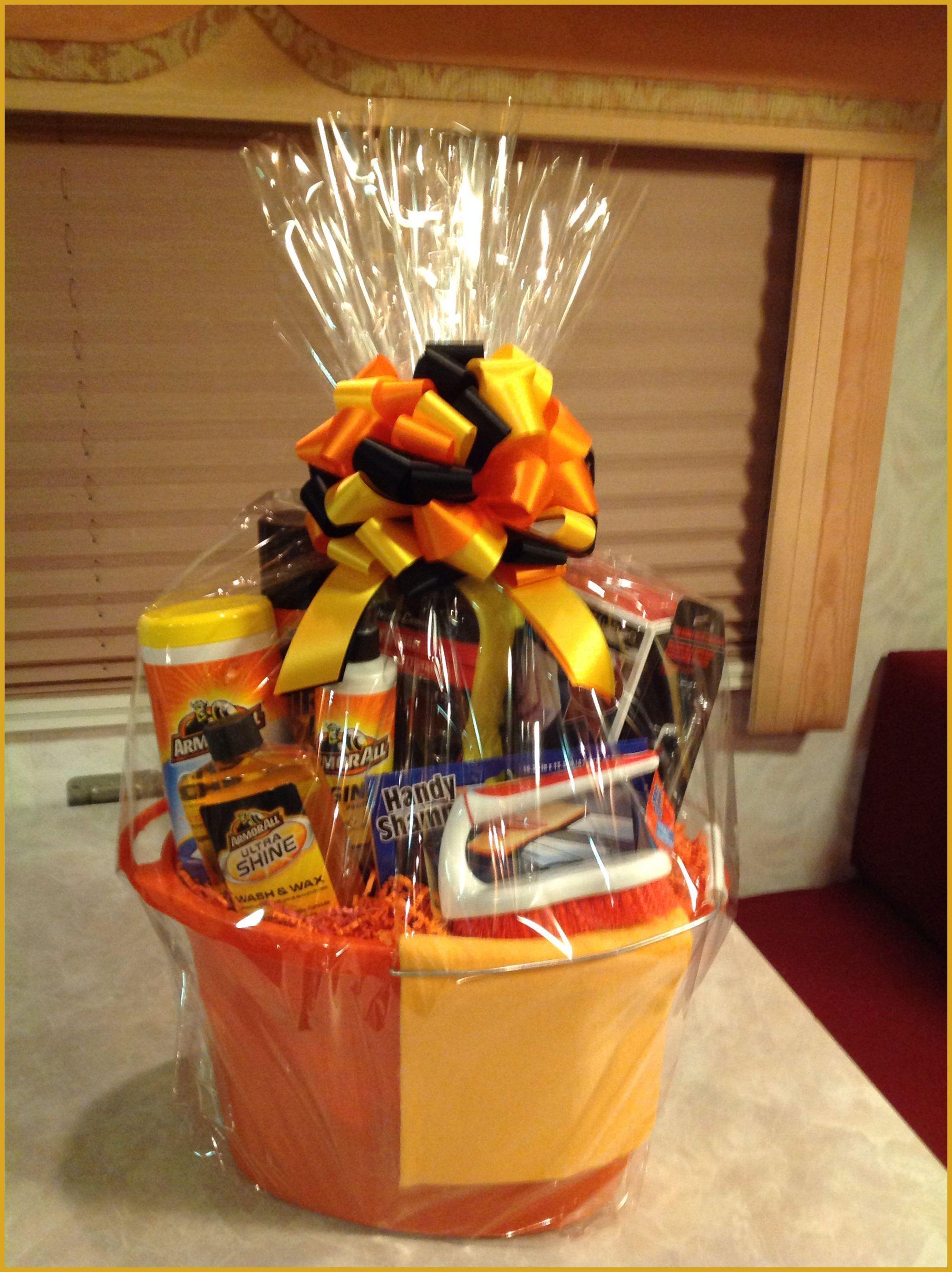 Golf gift baskets top gifts for men learn more by