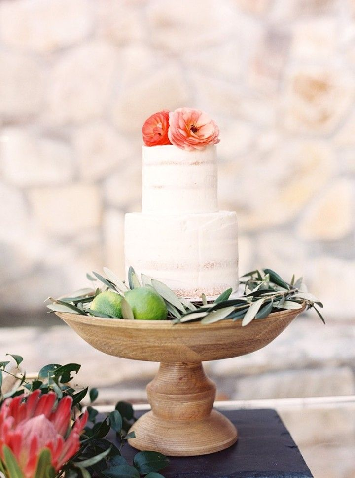 wedding cake idea; photo: Melissa Jill