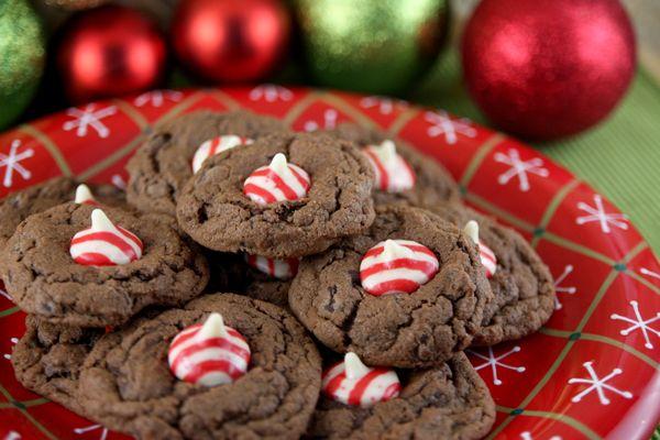 Candy Cane Kiss Cookies Holiday Seasonal Food Kiss Cookies