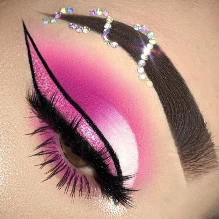 50 Fashionable And Stylish Eye Makeup Ideas 2019 - Page 40 of 50 #glittereyemakeup