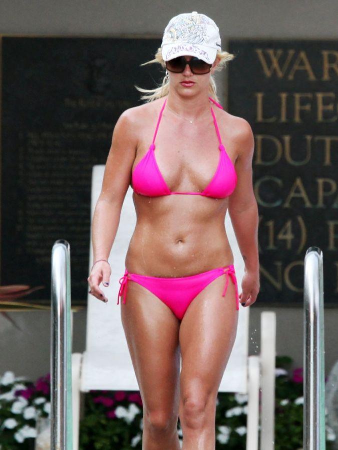 Britany spears bikini