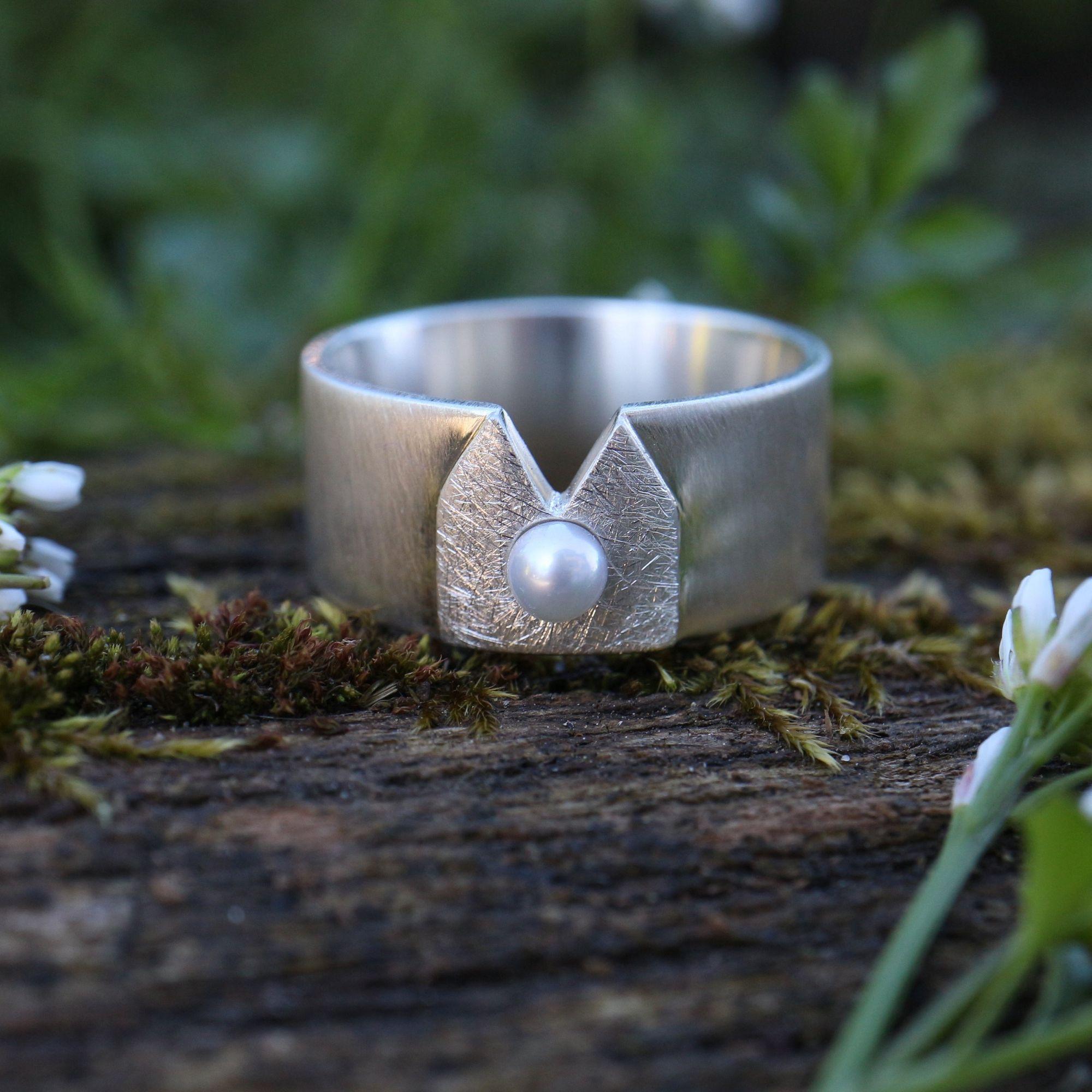 Kölner Deluxe Ring ♡ in 2020 | Ringe, Ringgrößen, Zuchtperlen