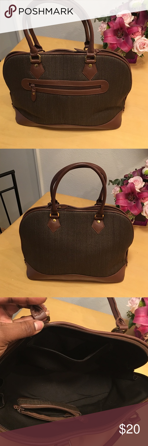 Satchel Brown textured leather bag with a mini coin bag Bags Satchels