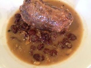 Secreto ibérico en salsa. Ver la receta http://www.mis-recetas.org/recetas/show/39376-secreto-iberico-en-salsa
