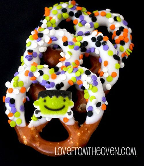31 Fun (and Delicious!) Halloween Snacks for Kids Halloween - cheap halloween food ideas