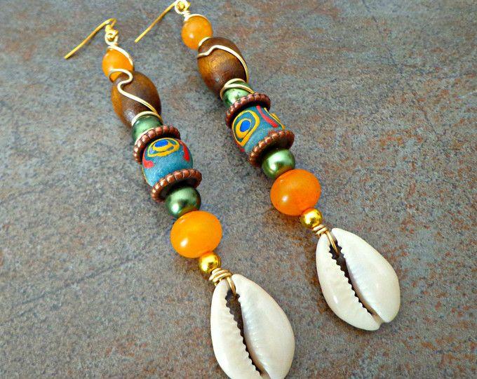 Cowrie Shell Dangle Earrings, Sea Shell Earrings, Beach Earrings, African Wedding Jewelry, Boho Jewelry #africanbeauty